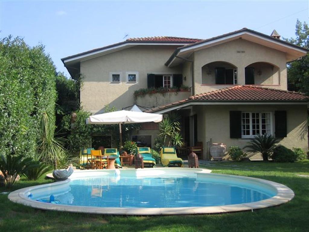 Villa con piscina in affitto a forte dei marmi - Villa dei sogni piscina ...