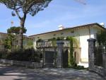 Forte dei Marmi vendita villa con piscina
